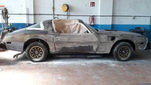 restauración vehículo clásico